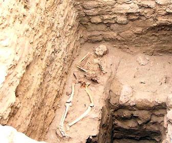 chotuna_pre_inca_tomb