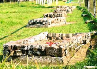 edisi1_kuburan3