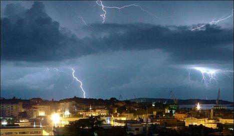 lightningmain_843121a